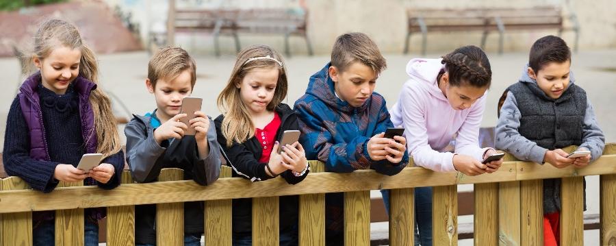 infancia y obesidad digital